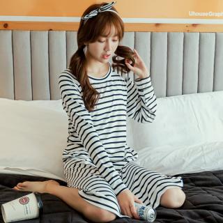 ชุดเดรสน่ารัก สไตล์เกาหลี ลายขวาง ขาวดำ ใส่เที่ยวใส่นอนฟินเวอร์