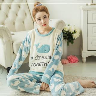 ชุดนอนหน้าหนาว ปังมากๆแบบสาวเกาหลี ลายปลาวาฬน่ารัก ปังมากๆคุณภาพดี
