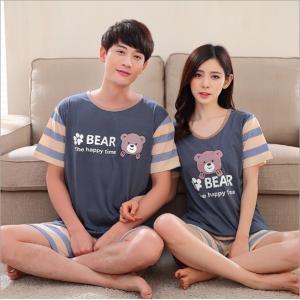 (เหลือ ผู้ชาย XL) ชุดนอนคู่รัก ชายหญิง หลายน้องหมี แขนสั้นขาสั้น สีกรม
