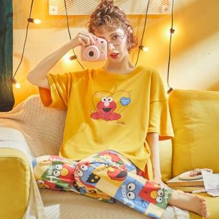 ชุดนอนแขนสั้น กางเกงขายาว ลายเอลโม่ LKC2006017
