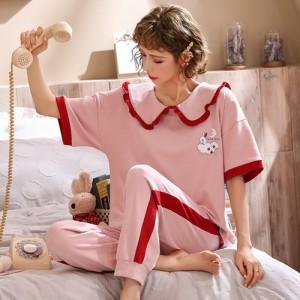 ชุดนอนแขนสั้น กางเกงขายาว ลายกระต่ายคอแต่งระบายเก๋ๆ LKC2006025