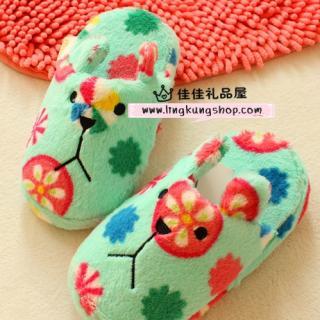 รองเท้าใส่ในบ้าน คราฟฮอลิค (CraftHolic) สีเขียวลายดอก