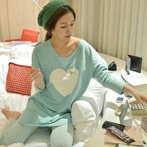 ชุดนอนน่ารักแขนยาวขายาว เข้ารูปสไตล์เกาหลี  M L XL (รุ่นผ้ายืด)
