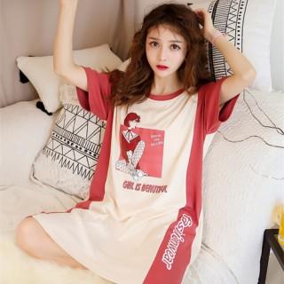 ชุดนอนกระโปรง ลายสาวน้อยเซ็กซี่ มีฟองน้ำเสริม ความมั่นใจ LKS2010048