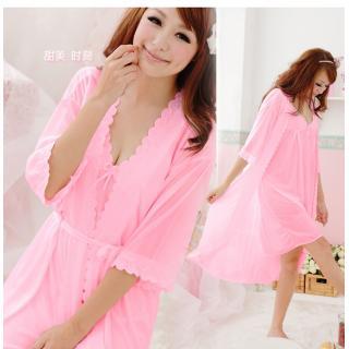 (สาวอวบ)ชุดนอนเซ็กซี่ สีชมพูหวานๆ พร้อมเสื้อคลุม น่ารักไม่โป้