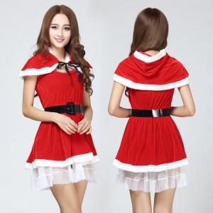ชุดคริสมาสต์ แซนตี้สาวแบบเกาะอก มีผ้าคลุมไหล่เข้าชุด กระโปร่งแต่งระบายฟรุ้งฟริ้ง