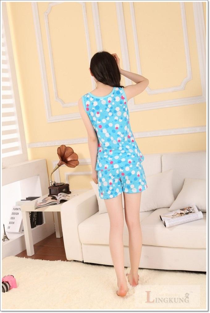 ชุดนอนเสื้อกล้าม ลายการ์ตูนคิตตี้ (Hello Kitty) สีฟ้า