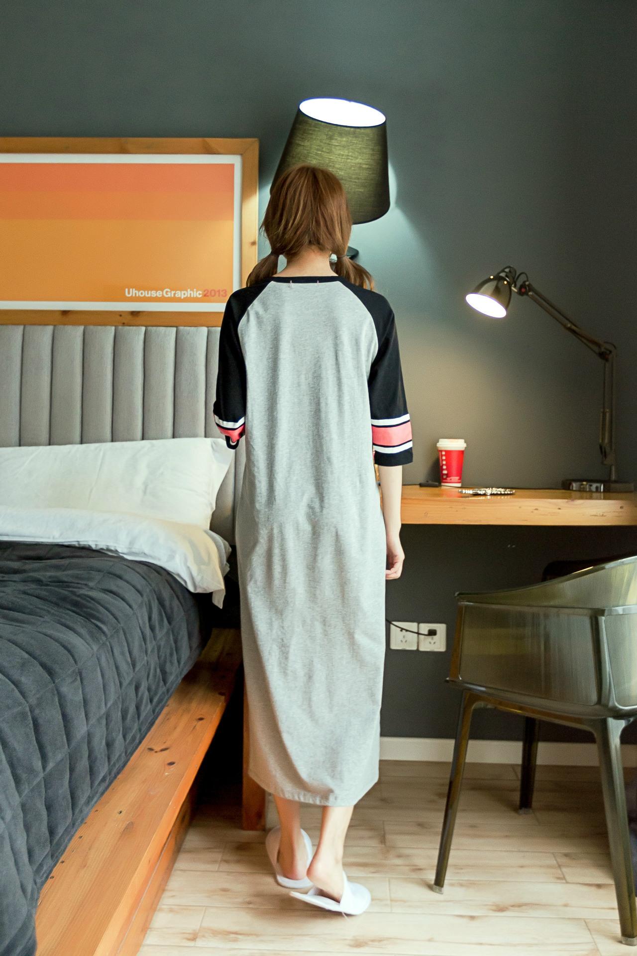 ชุดนอนกระโปรงยาว