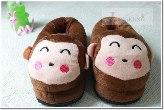 รองเท้าใส่ในบ้าน ลายลิงน้อยน่ารัก