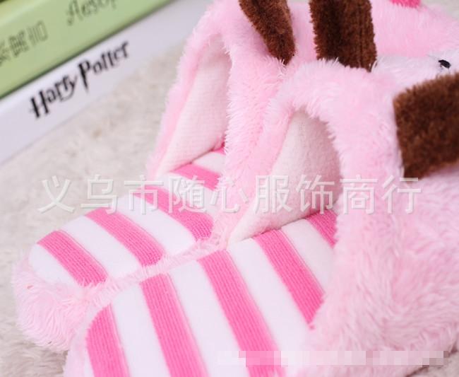รองเท้าสลิปเปอร์ ใส่ในบ้าน สีชมพู