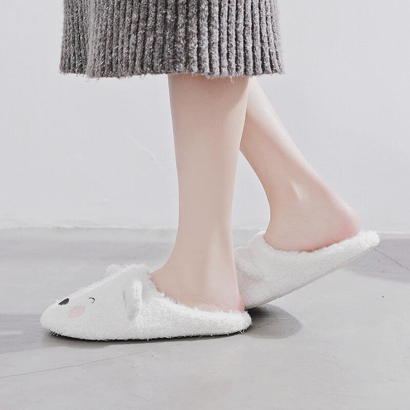 รองเท้าสลิปเปอร์ ลายหมี