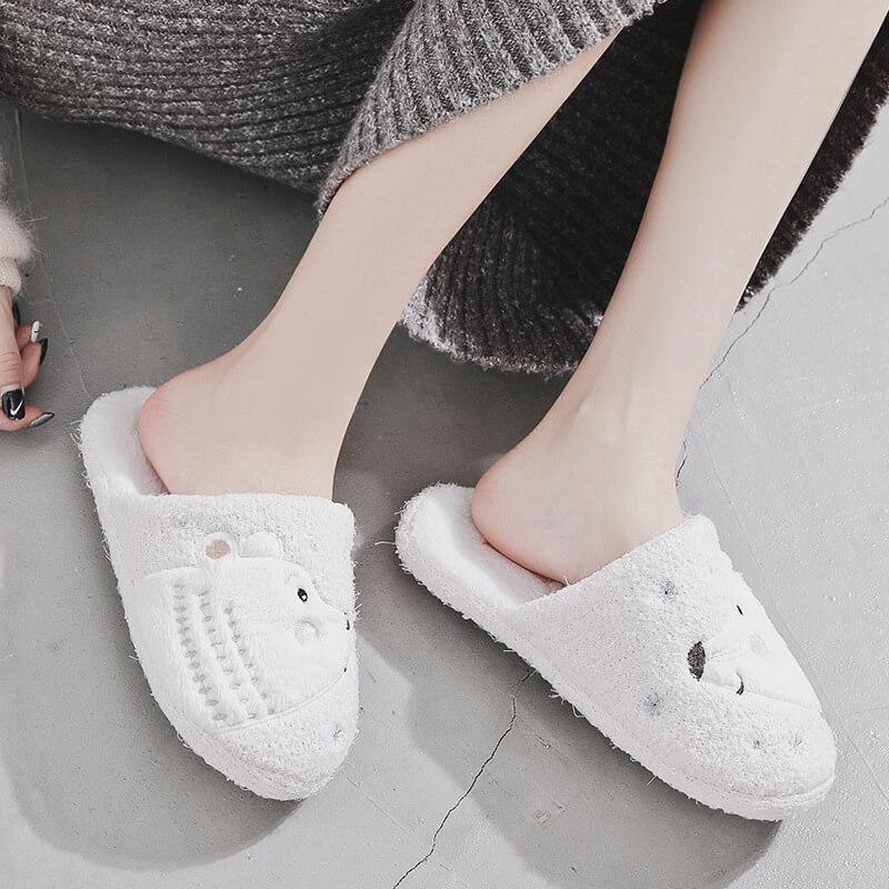 รองเท้าสลิปเปอร์ ใส่ในบ้าน