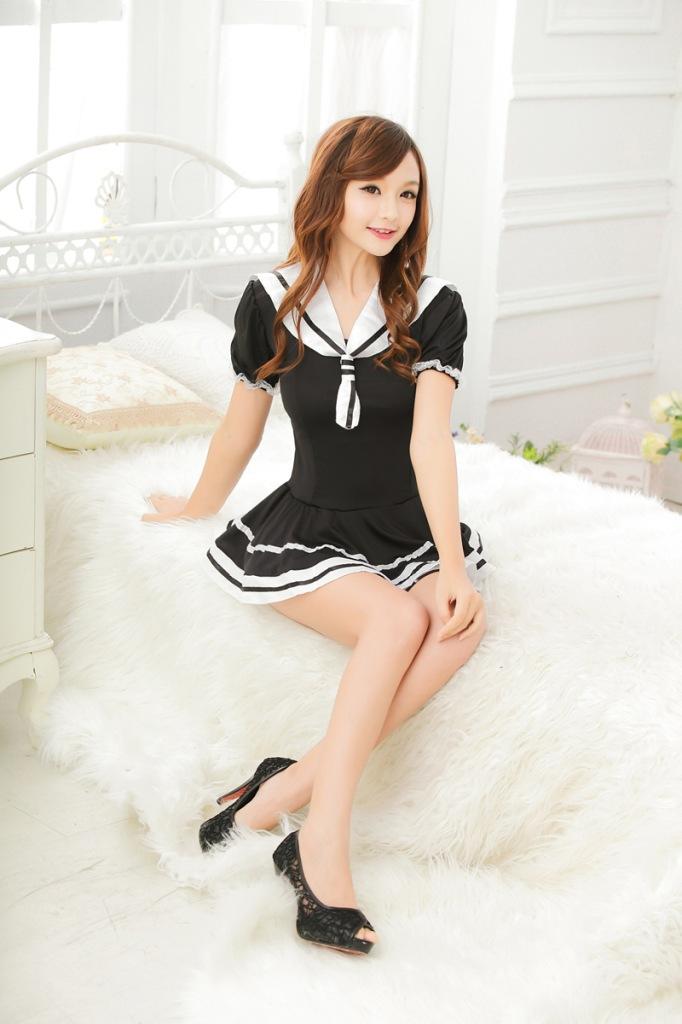ชุดคอสเพลย์นักเรียนญี่ปุ่น สีขาวดำ พร้อมส่ง