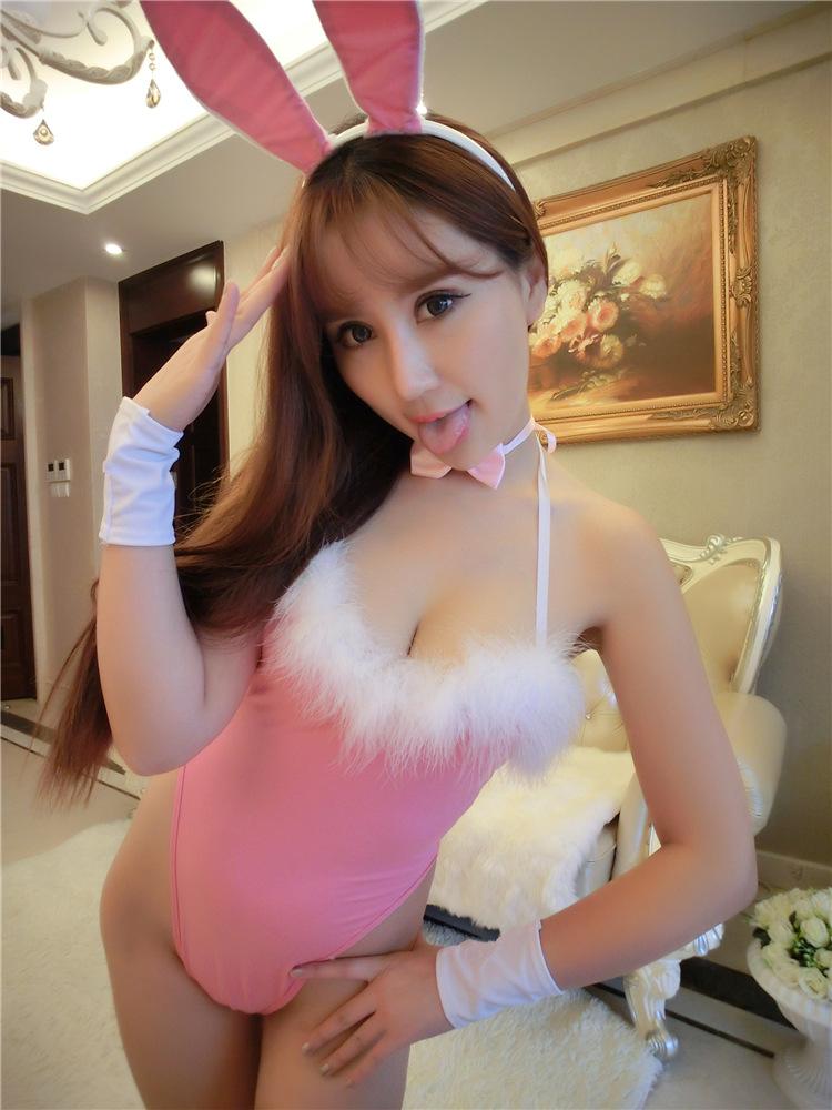 ชุดคอสเพลย์กระต่ายเซ็กซี่ สีชมพู